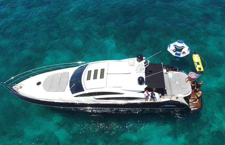 74' Predator - Rent a Luxury Yachting Experience!