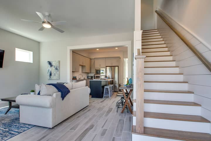 Inlet Ivy Getaway: Brand New!! A Charming Escape to Inlet Beach for Your Family Vacation