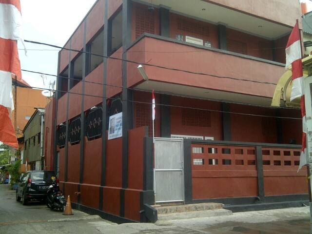 IMELO Home - Pademangan - Huoneisto