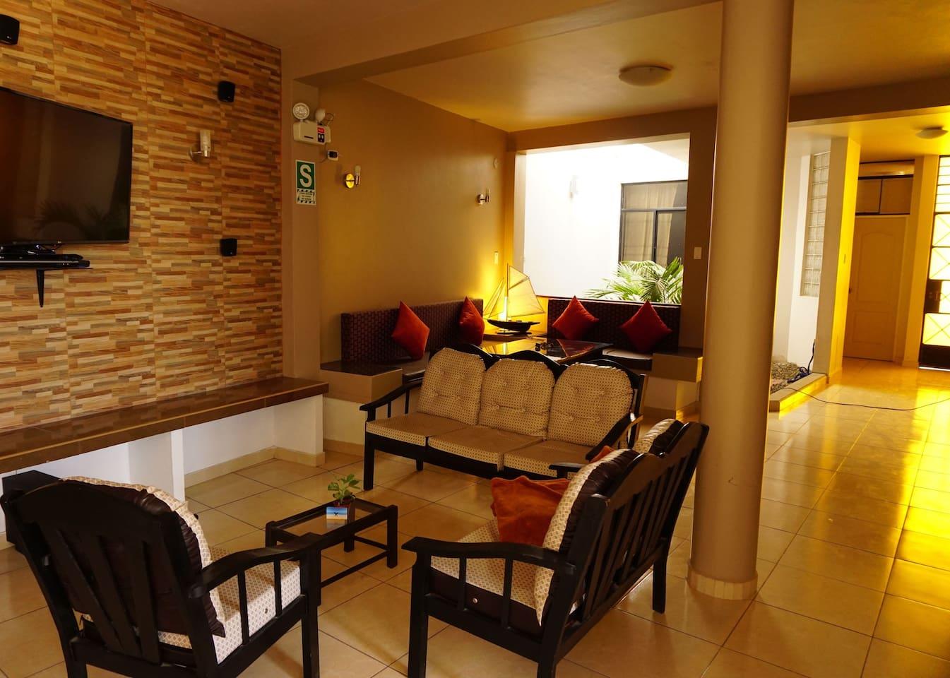 sala de descanso,tv smart de 50 pulgadas coneccion gratuita a netflix, wifi