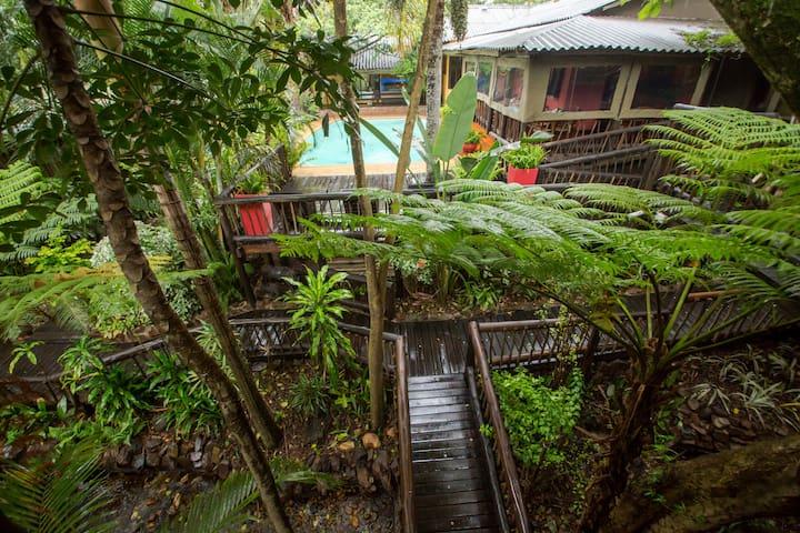 Umlilo Lodge is located in St Lucia - St Lucia - Oda + Kahvaltı