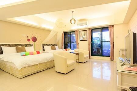 Jiaoxi Hui-Jia Hot Spring Suite (2-6 Guests)