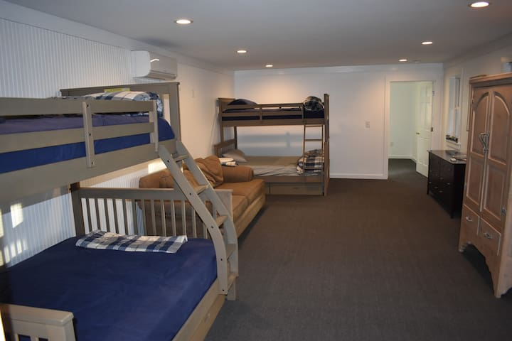 Main Room sleeps up to 6, 2 twin beds, 2 full beds