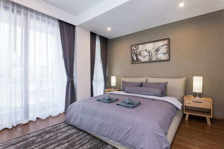 1st (Master) Bedroom with King Size Bed.