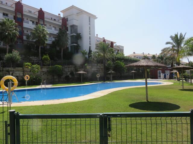 Apt (Urb. Riviera del Golf) en Mijas;2 Dorm.