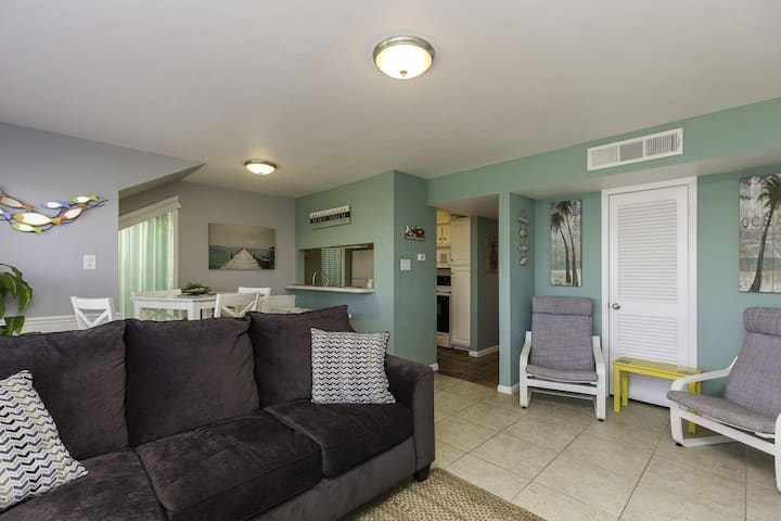 On the Water!  2 BR / 2 Bath Beauty with fishing right off the back deck