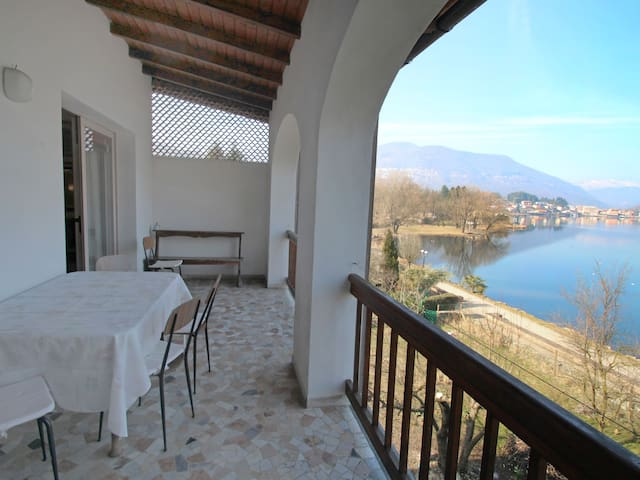 3-room apartment 120 m² Lungolago