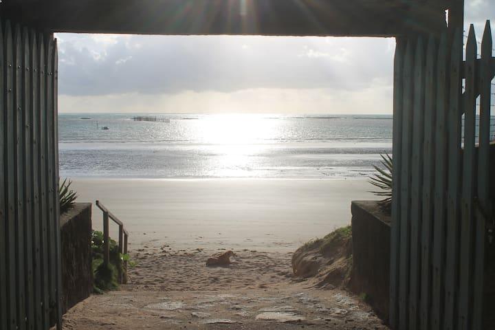 Milagres, Praia do Marceneiro, pé na areia!!!