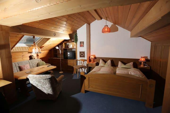 Dach-Wo Haus Waltraud - Blick Falkenstein - Pfronten - Apartemen