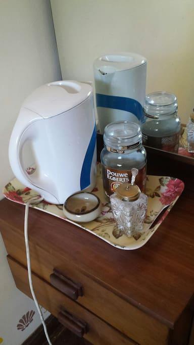 Tea/coffee station in bedroom