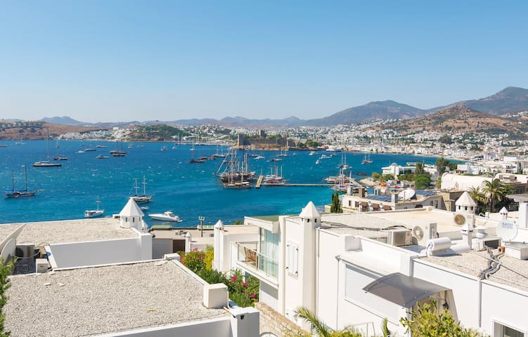 Amazing View in Central Bodrum - Bodrum - Byt