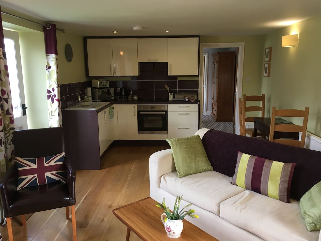 Spacious kitchen/living room with everything you wll need for a relaxing stay