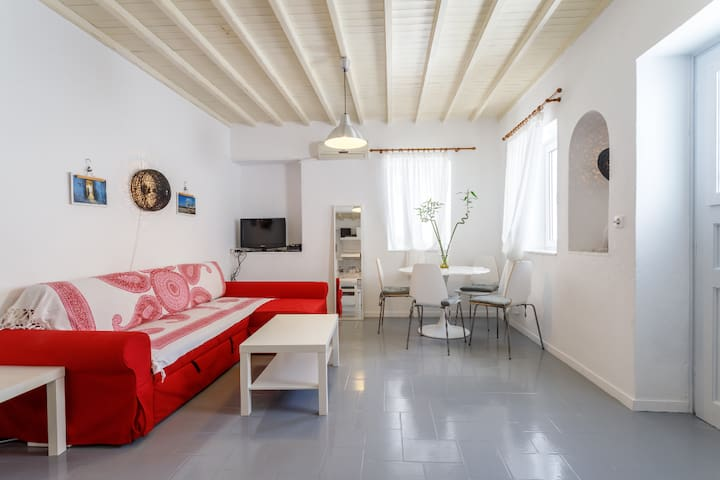 Mykonos Town - Just Renovated Charming House