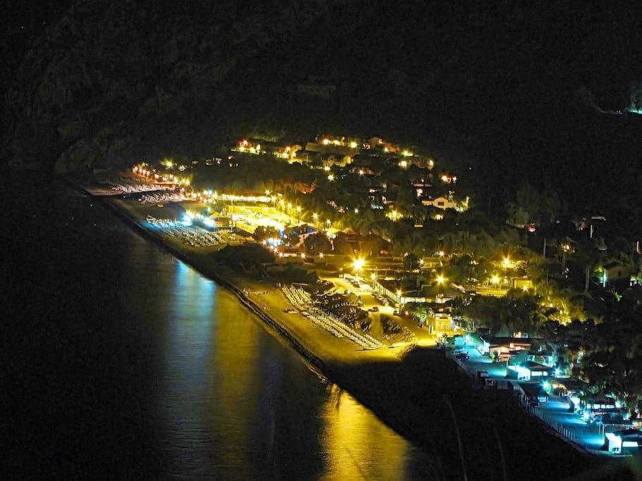 Capo Calavà di notte