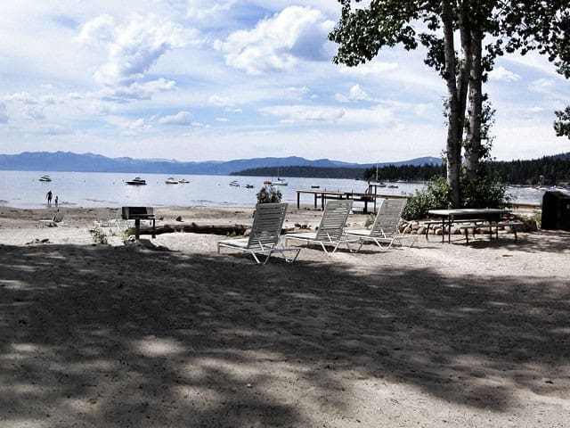 Apartment with Private Beach - Tahoe Vista - Apartment