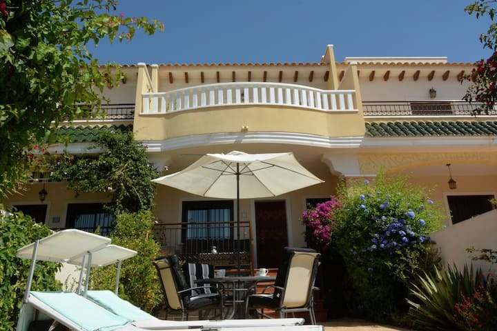 Cozy Holiday Home in Rojales with Pool