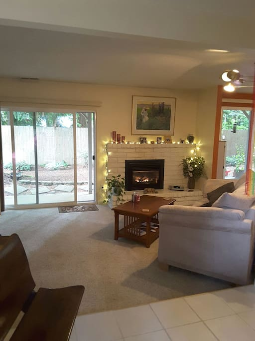 Open living room with gas fireplace