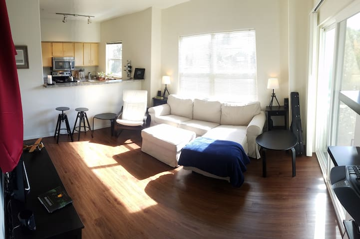 Luxury Apartment - Portland, PDX, Gorge, Mt Hood