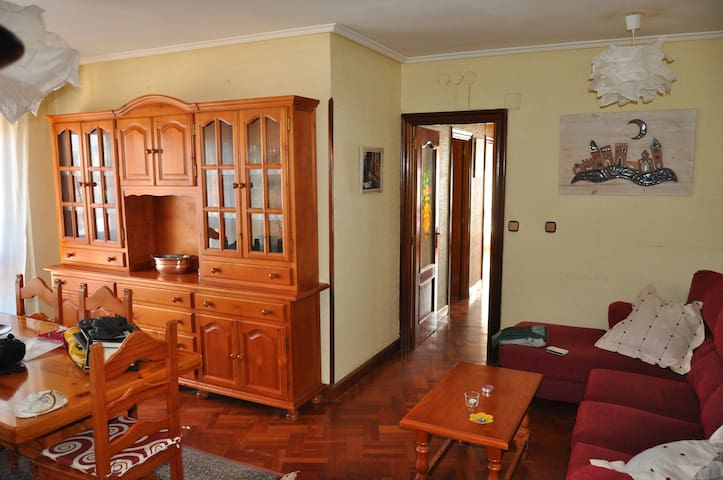 Confortable & brighty flat. Bec, Barakaldo, Bilbao