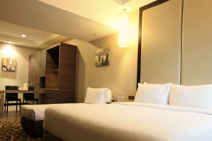 Sunway Putra Hotel - Classic Family Room