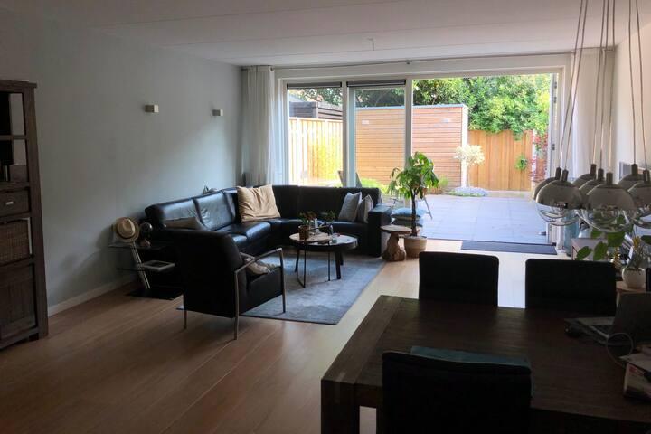 Brand new, spacious house near city-centre