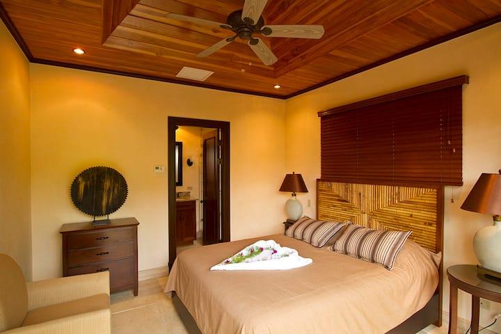 Casa Paraiso - Tamarindo 3BR Estate