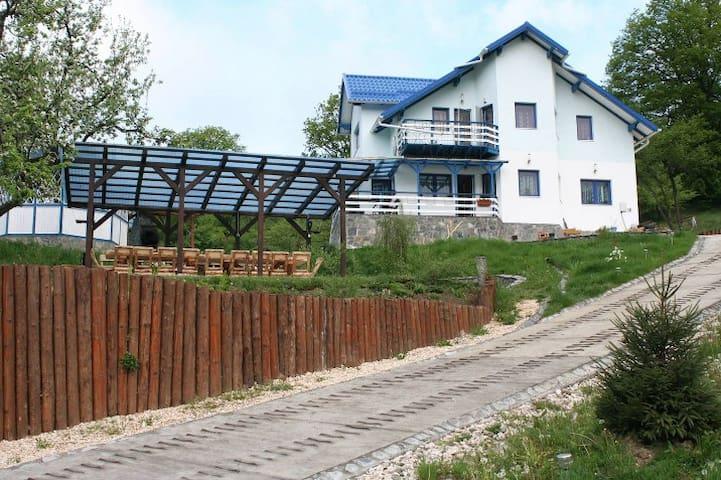 Casa Duk - Cheile Rasnoavei