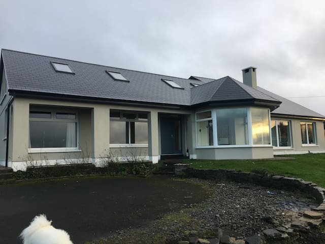 Lahinch home with spectacular coastal views