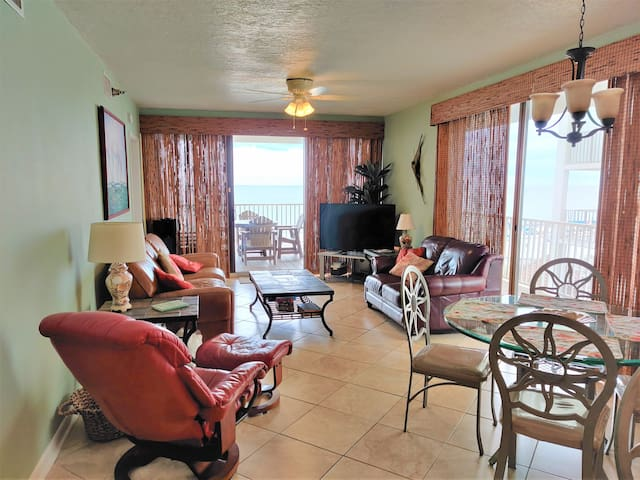 3 Bedroom, 3 Bath, Directly On The Beach, End Unit