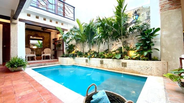 Ritzy Villa Sierpe W Pool & Jacuzzi /Getsemaní