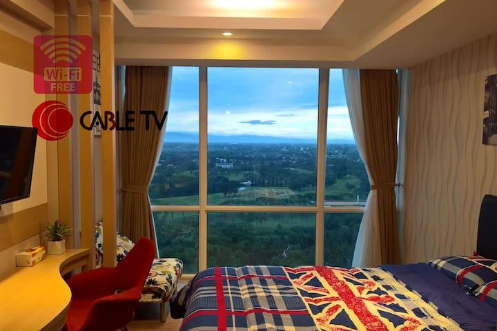 Golf View Apartment @UResidence Supermall Karawaci - Kelapa Dua