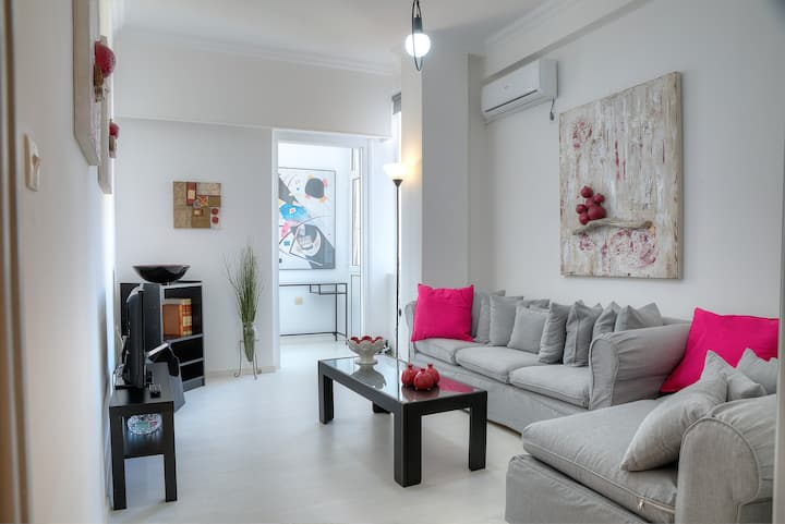 Cosy apartment in Glyfada center