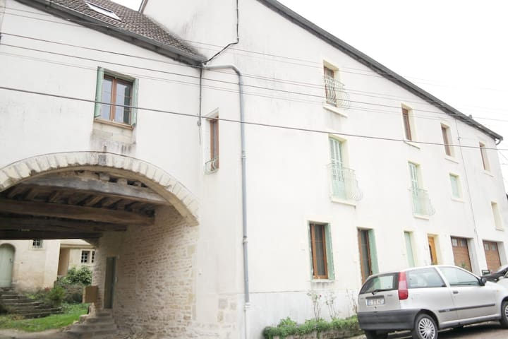 Charmant duplex à 10 mn de Dijon Nord