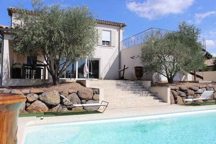 Villa Maëlys 3 Chambres, 6 Voyageurs et 3 SDB
