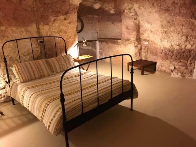 Beautiful Underground Home with Desert View & Deck