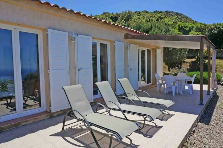 Belle maison, vue panoramique mer - Coti-Chiavari - Huis
