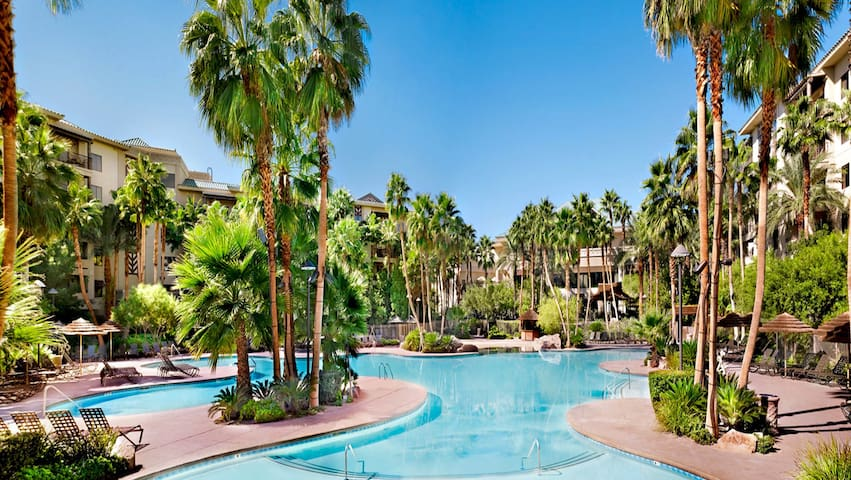 Tahiti Village Bora, Bora in Las Vegas 1 BR Suite, Sleeps 4 FRIDAY Check-In