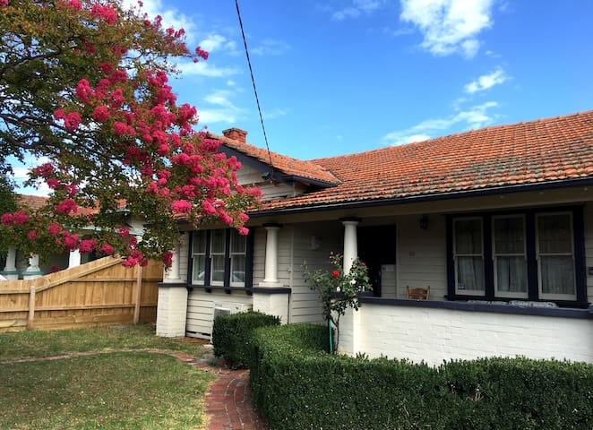 4. Charming period style home. - Oakleigh - Maison