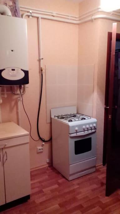 Кухня, газовая плита