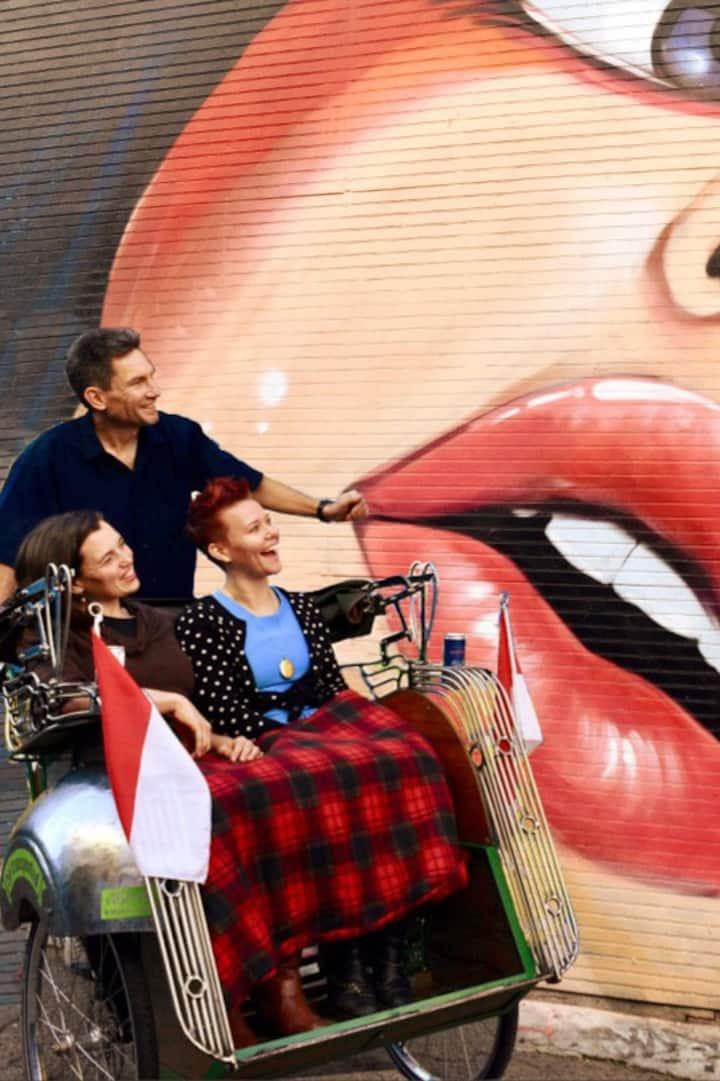 Ride around SF's open-air art galleries