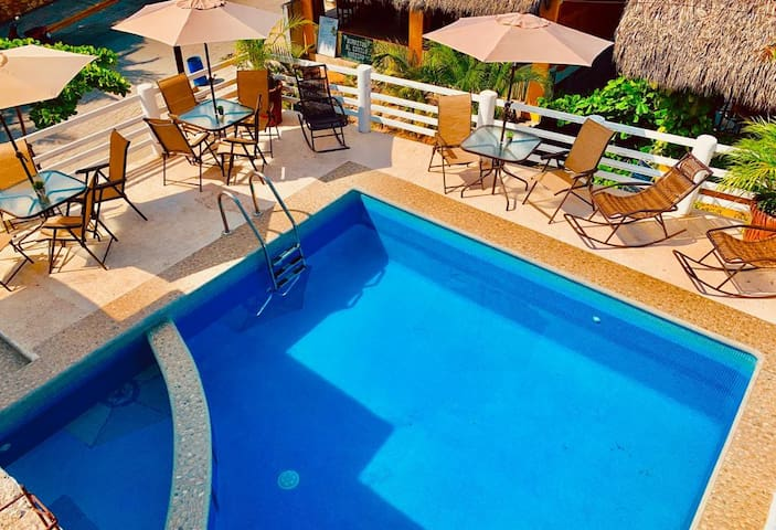 Hermoso Alojamiento en Playa Zicatela CP17