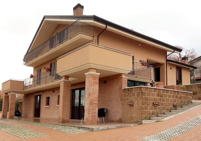 Villa Amalia B&B Camera Quercia