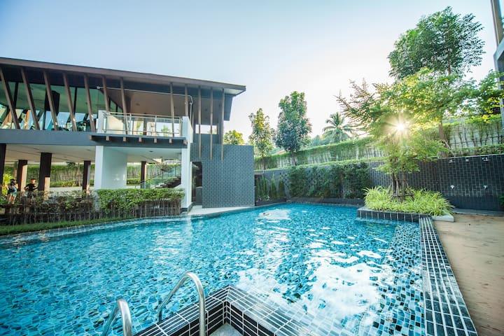 ✪ Resort DCondo CMU ✪Perfect 5-Star Long Term Stay