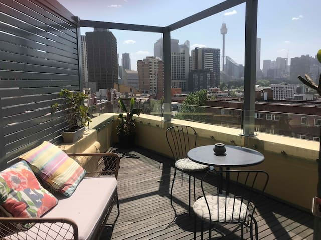 1 bedroom in art deco penthouse with amazing views