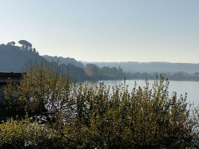 Romantic Medieval Spot Facing Lake Bracciano