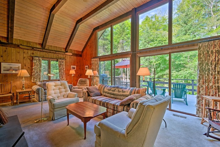 Thirteenth Lake Chalet w/Deck, Walk to Water!