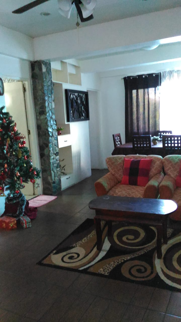Friendly Apartment for Big family in LAOAG CITY
