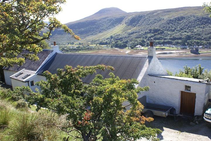 Ashcraig, Lochranza, Isle of Arran Sleeps 1 - 2
