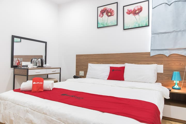 RedDoorz Standard Room Near My Khe Beach,5' Walk