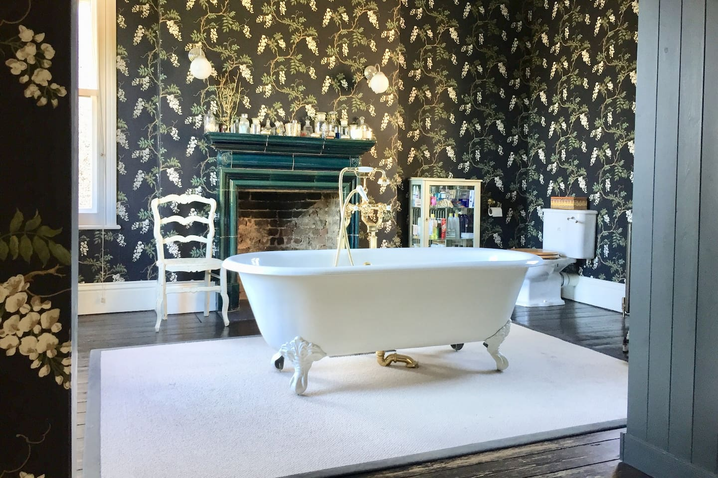 Master en suite on the first floor, triple aspect with his and her sinks
